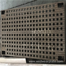 Hardfacing filter mesh chromium carbide plate